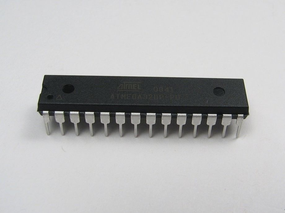 2pcs CP82C59A IC DIP-28 CMOS Priority interrupt Controller Intersil Corporation