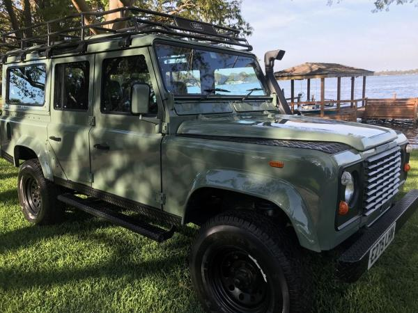1988 Land Rover Defender : **FULL BODY OFF RESTORATION**  **BRAND NEW**1988/2017 LAND ROVER DEFENDER 110
