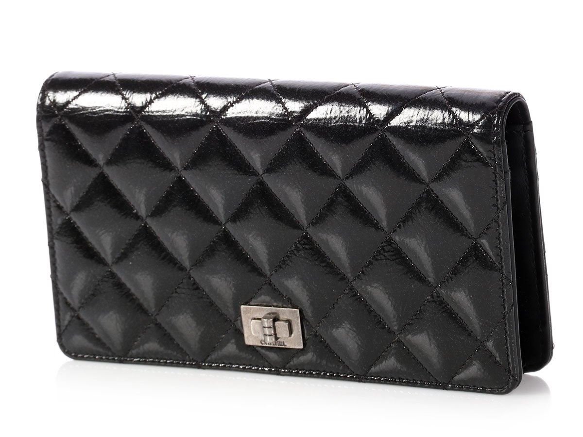 e0e5e4da952a CHANEL Black Glazed Quilted Calfskin Yen Wallet ~ Just the right shine!