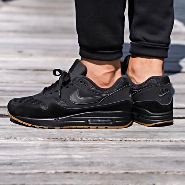 new product baff8 94c18 Nike Air Max 1 Sneakers Black Gum Size 8 9 10 11 12 Mens Shoes New Huarache