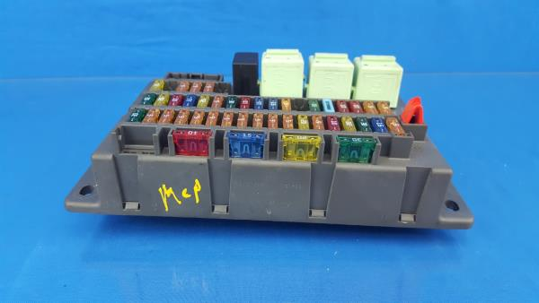 02 06 mini cooper interior fuse box fusebox r50 6906600 1 ebay rh ebay com Mini Cooper Fuse Symbols Key mini cooper passenger compartment fuse box