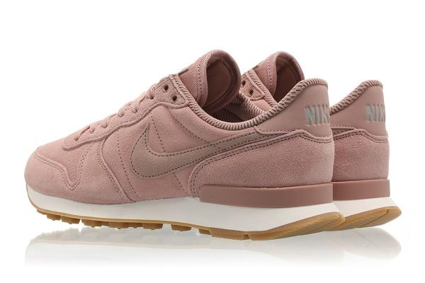 3c867fcc0db NIKE WMNS INTERNATIONALIST SE Pink Size 5 6 7 8 9 10 Womens Shoes  872922-601. 100% AUTHENTIC OR MONEY BACK GUARANTEED