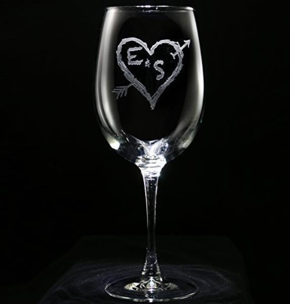 Engraved Personalized Wine Glasses Arrow In A Heart Wedding Gift