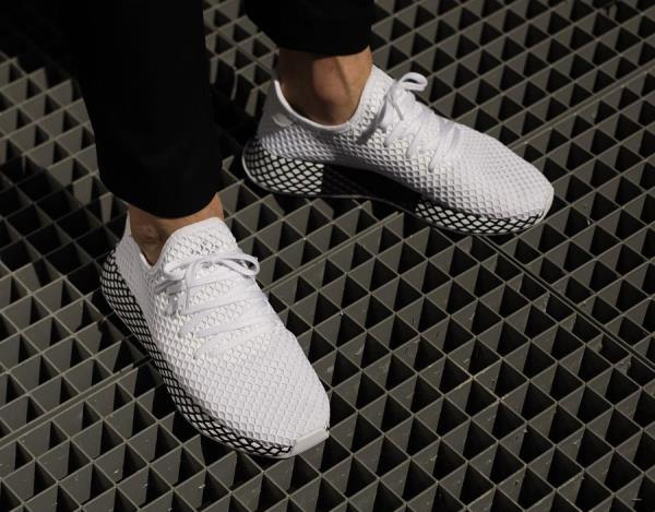e40210903 Adidas Deerupt Runner Sneakers Future White Size 8 9 10 11 12 Mens NMD  Boost New