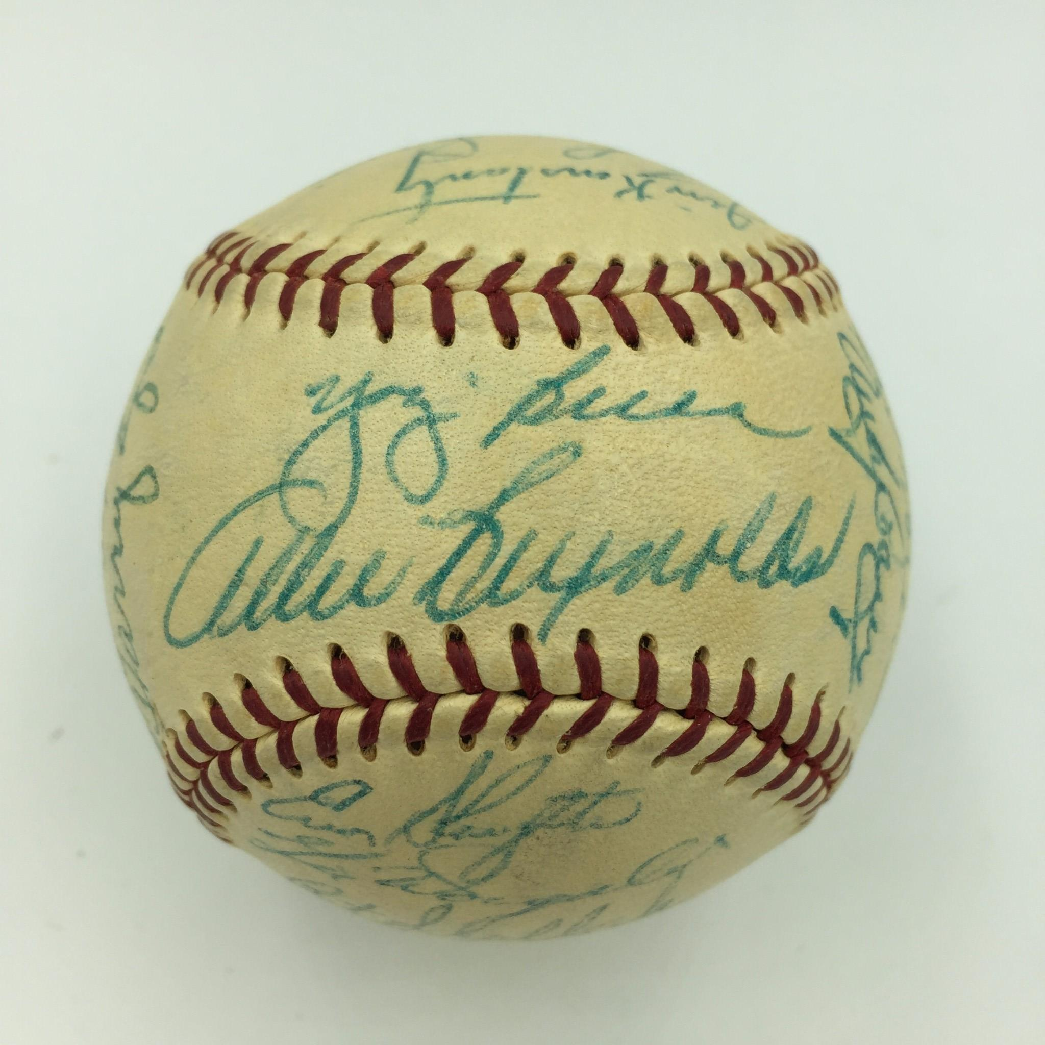 b690c4c69 Beautiful 1954 New York Yankees Team Signed Baseball Mickey Mantle With JSA  COA