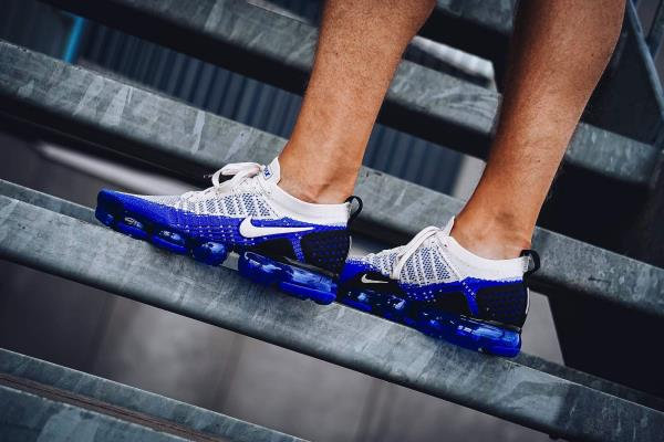 premium selection ca558 2c097 Details about Nike Air Vapormax Flyknit 2 Sneakers Racer Blue Size 8 9 10  11 12 Mens Shoes