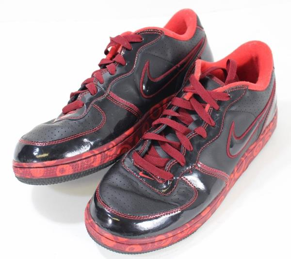 d2930befaada Details about Throwback NIKE Air Team Shoes 315838-001 Men s Size 9.5  Black Varsity Red Glossy