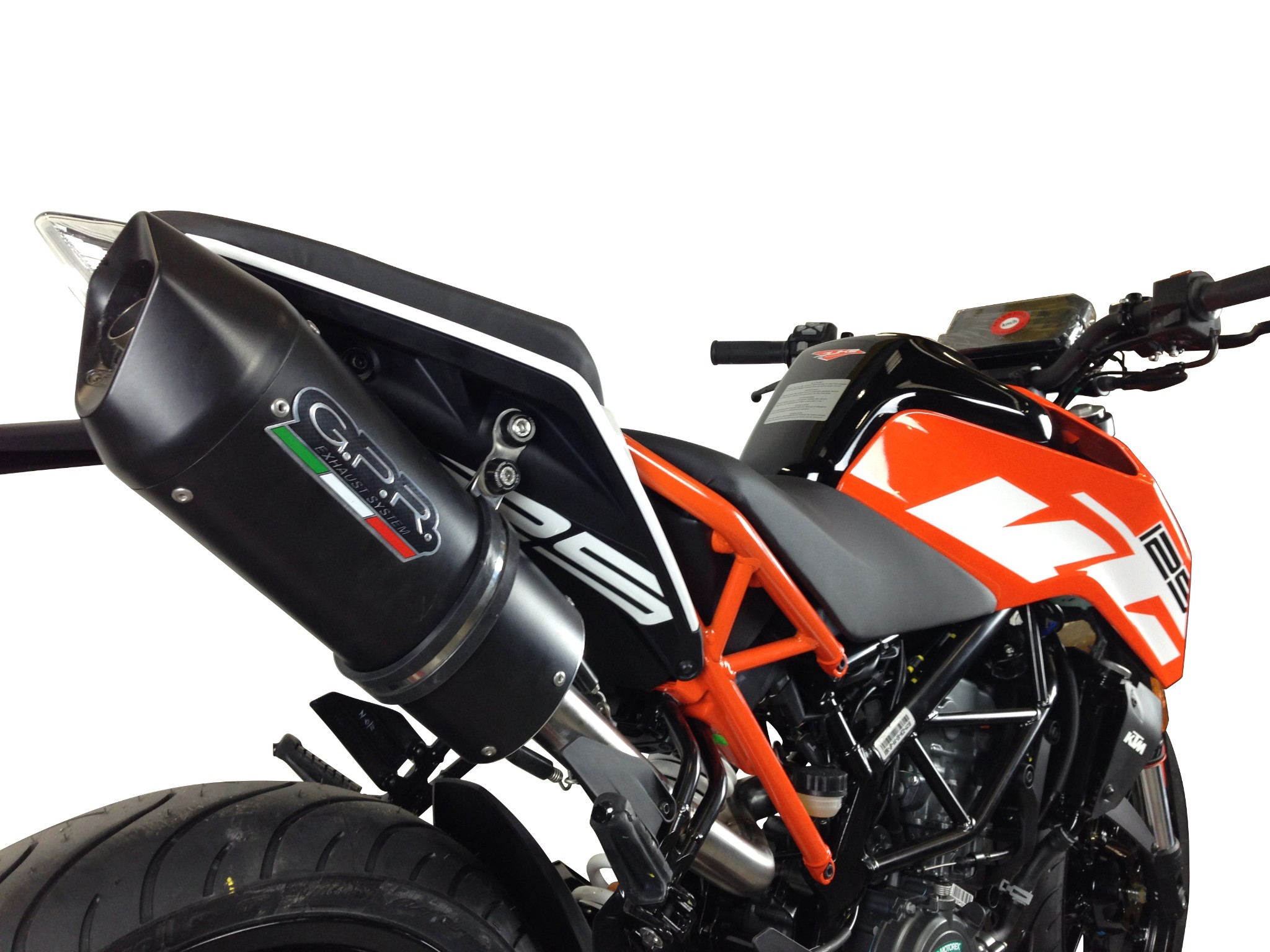 ktm duke 125 2017 2018 high mount gpr exhaust slip on silencer furore nero new ebay. Black Bedroom Furniture Sets. Home Design Ideas
