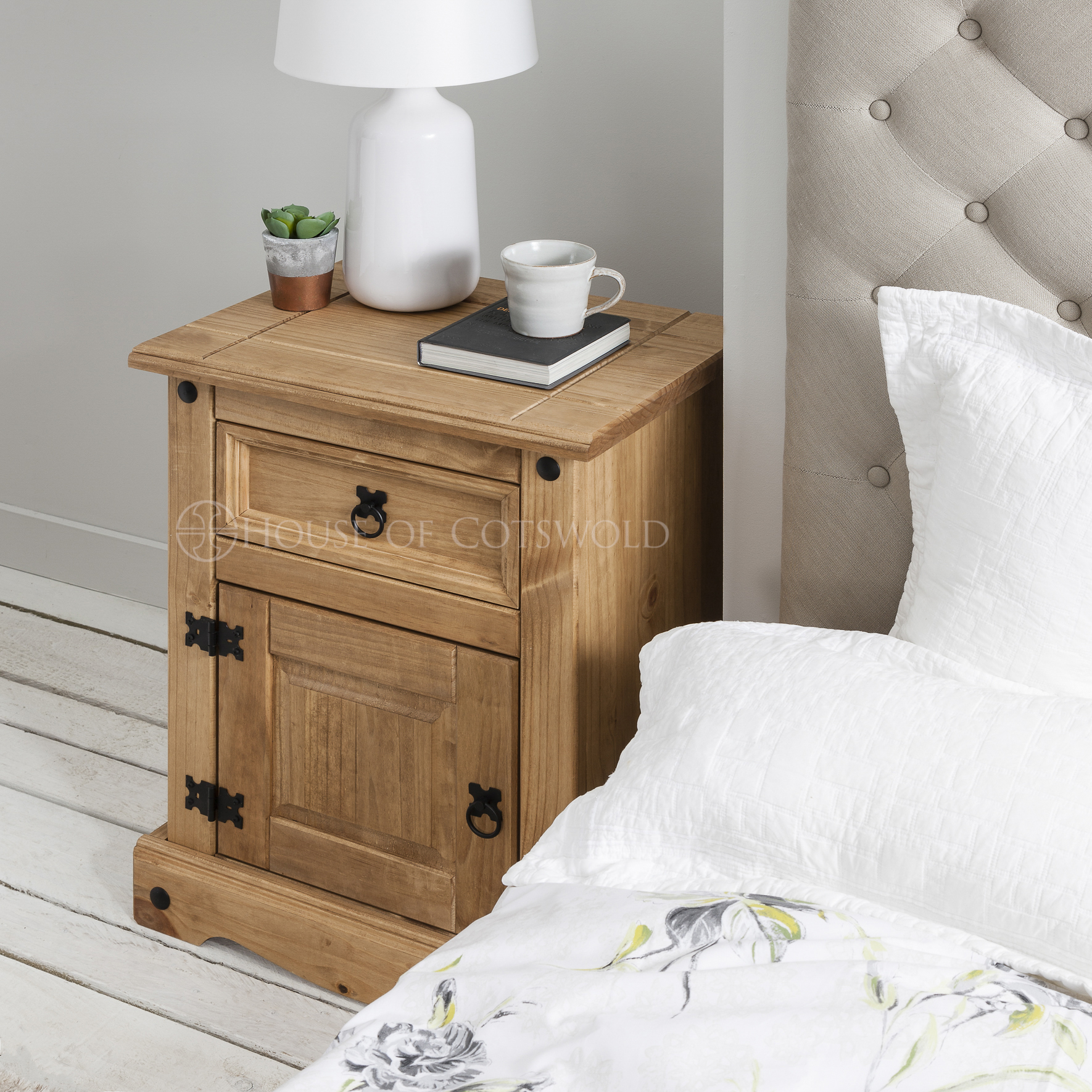 House Of Cotswolds Bedside Table Rustic Design 3 Drawer Nightstand Corona Mexican Pine Bedside Tables